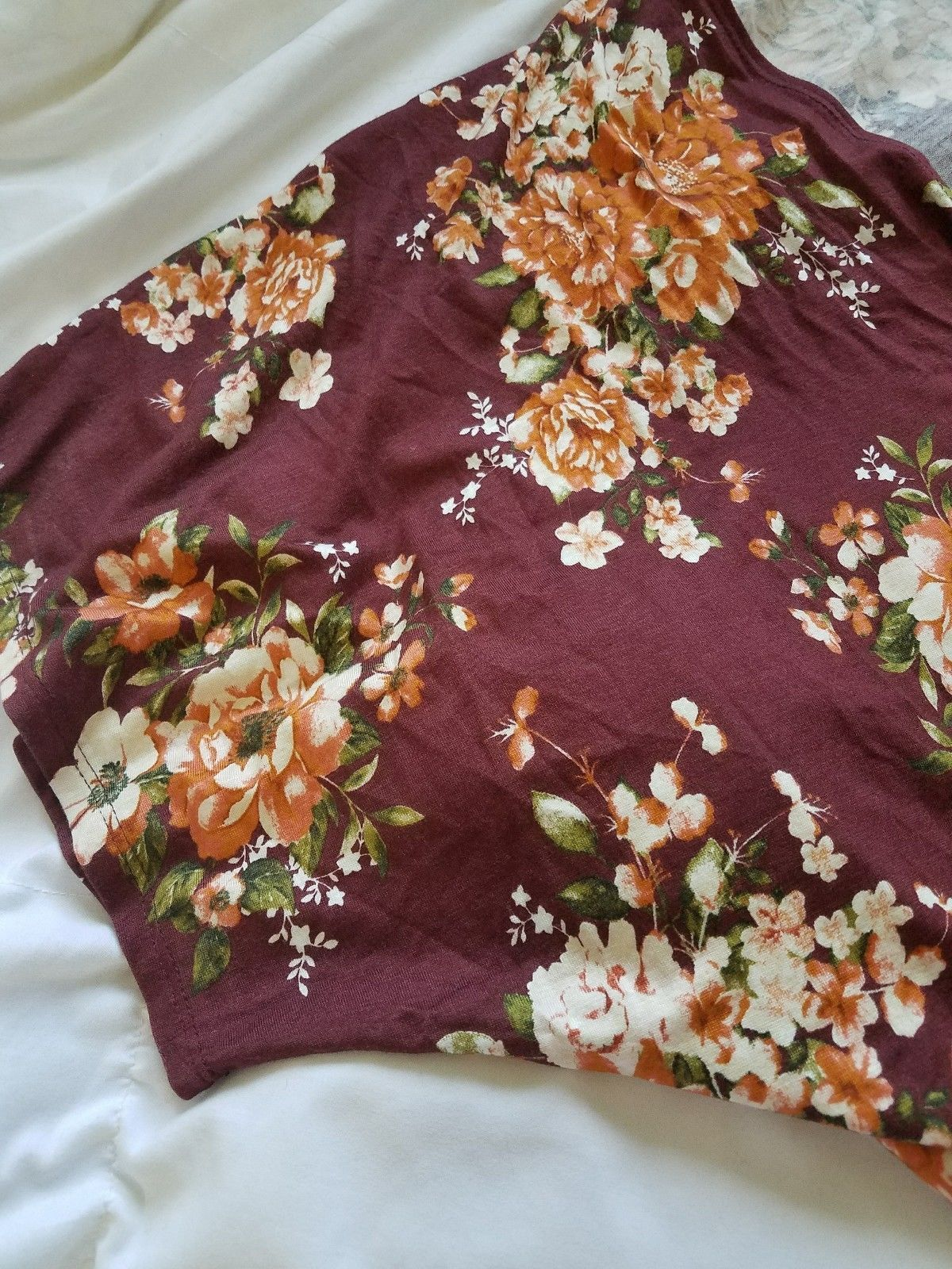 Shelly Floral Cardigan No Button Burgundy Orange Floral Short Sleeves Large New