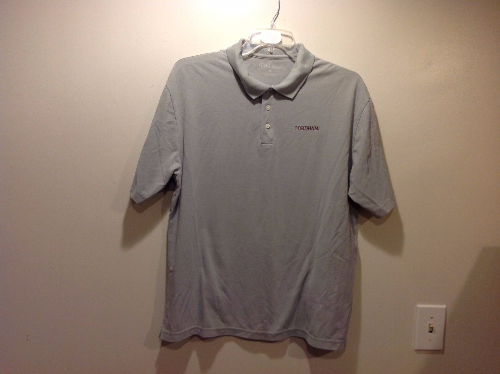 Club Colors Fordham POLO Lt Gray w Maroon Lettering T Shirt Sz XL
