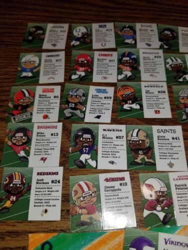 NFL FOOTBALL TEENYMATES SERIES 7 COMPLETE SET OF 32 PLAYER PROFILE CARDS!!! 2018 image 2