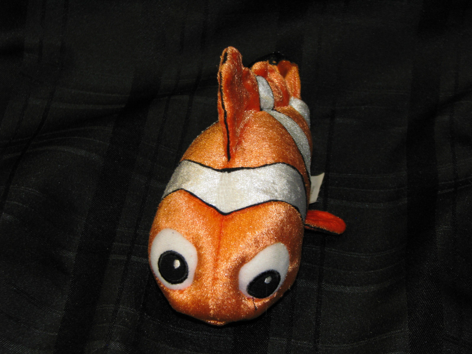 DISNEY FINDING DORY CORE NEMO PLUSH DOLL FIGURE ORANGE WHITE TROPICAL FISH TOY