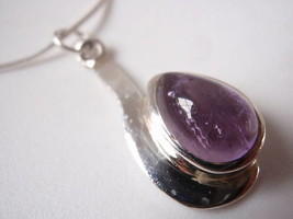 New Amethyst Teardrop Sterling Silver Pendant India - $6.92
