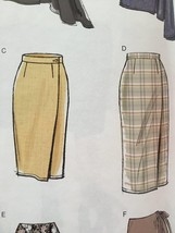 Vogue Sewing Pattern 8956 Misses Skirt Size 6-14 New - $16.79