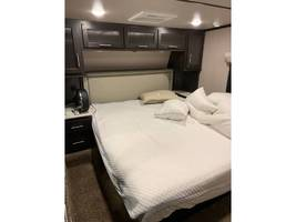 2019 FOREST RIVER XLR THUNDERBOLT 422AMP For Sale In moscow, PA 18444 image 4