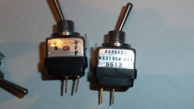 NEW 1CS MS21354-221 TOGGLE SWITCH SPST LATCHED, 5A, 28VDC THROUGH HOLE-STRAIGHT - $35.00