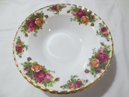 Royal Albert Old Country Roses 1962 Pattern England Rim Bowl Soup Pasta - $75.00+
