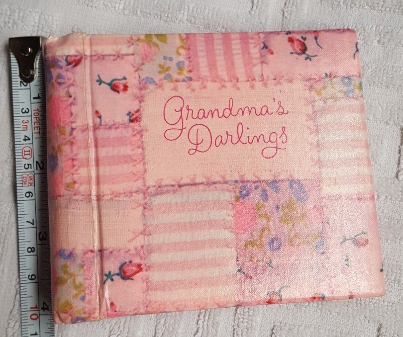 Primary image for Hallmark Cards , Inc. 1972 Grandma's Darlings Photo Album • pre-owned • cute