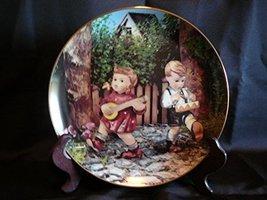 c1990 Danbury Mint Hummel Little Companions Private Parade plate NEGR66 - $38.21