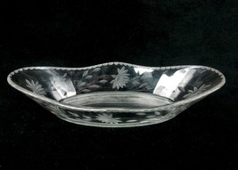 Clear Glass Celery Boat, Etched Flowers & Leaves, Waved Rim w/Etched Bun... - $19.55
