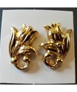 Avon Spring Tulip Earrings Goldtone Surgical Steel Posts Vintage 1990 Ne... - $12.47