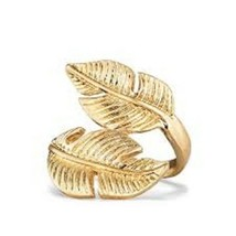 Avon Golden Eagle Ring Size 6 - $11.99