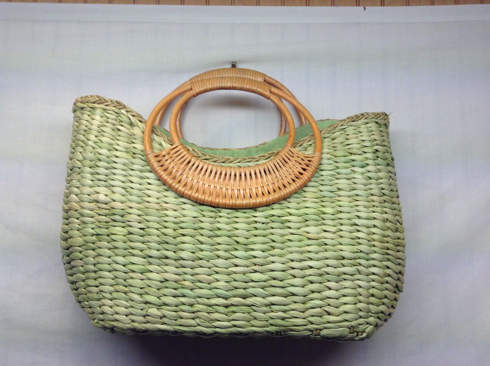 Super Cute Green Woven Grass Linen Purse
