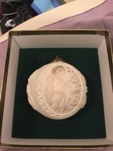 Wedgwood White Jasperware Year 2000 Ornament Christmas Ball with Gold Angel - $17.59