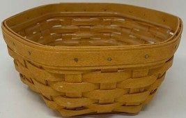 "Longaberger 2002 SIGNED HEXAGON BASKET 8"" w/ Plastic Liner (19-1635) - $33.20"