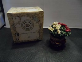 The Boyds collection Treasure Box-Blomin' Basket with Brie McNibble - $7.50