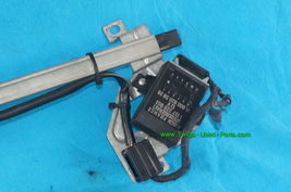 Mercedes Benz 300CE Seat Belt Presenter Retractor & Relay 88-93 R/H image 3
