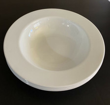 """Corelle WINTER FROST WHITE Wide Flat Rimmed  Pasta /Salad  Bowl 10.75"""" - $9.90"""