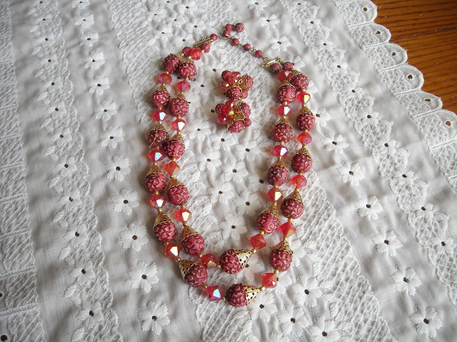 Vintage Two Strand Necklace & Earrings Aurora Borealis Plastic Beads Rasberry