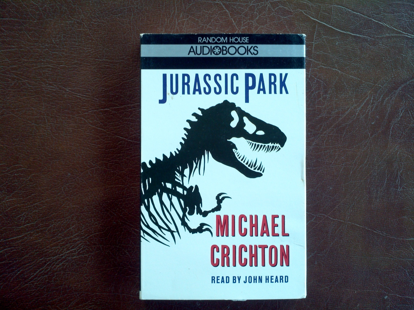 a summary of jurassic park a novel by michael crichton Crichton's novels, including jurassic park, have been described by the guardian as harking back to the fantasy adventure fiction of sir arthur conan doyle, jules verne, edgar rice burroughs, and edgar wallace, but with a contemporary spin, assisted by cutting-edge technology references made.