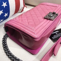 AUTHENTIC CHANEL PINK QUILTED GLAZED CALFSKIN MEDIUM BOY FLAP BAG RHW image 5
