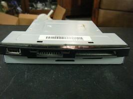 """Vintage Generic 5.25"""" Black Front Panel Internal USB & Memory Card Reader  - $11.67"""
