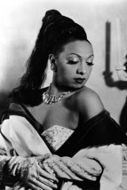 Josephine Baker sexy iconic pose with bare shoulder 18x24 Poster - $23.99