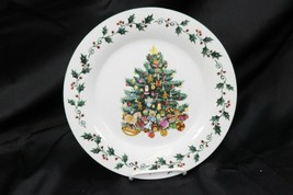 "Gibson Tree Trimmings Xmas Dinner Plates 10.5"" Set of 8 - $68.59"