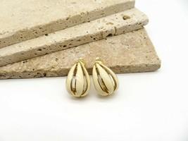 Vintage Signed Trifari Cream Enamel Gold Tone Floral Hoop Clip On Earrings S32 - $20.99