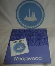 1970 Wedgwood Jasperware 8 in Christmas Plate Trafalgar Square with box - $12.00