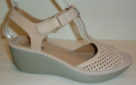Clarks Size 8.5 M REEDLY WAYLIN Sand Leather Wedge Heel Sandals New Wome... - $98.01