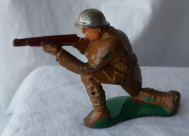 Vintage Barclay Manoil Toy Soldier Shooting Rifle kneeling Cast Lead 1940's