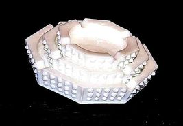 Hobnail Set of Ashtrays AA18 - 1014 Vintage image 3