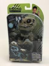 Untamed Fingerlings Gloom Baby Dinosaur T-Rex Glow In The Dark Bonehead ... - $40.05