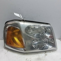 02 03 04 05 06 07 08 09 GMC Envoy right front passenger side headlight assembly  - $49.49