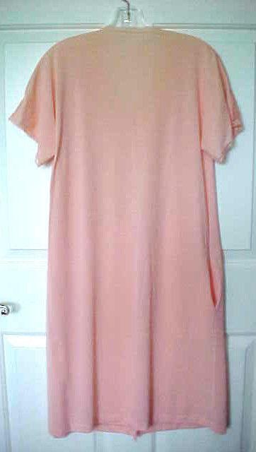 977f8252a48e Vtg 80s Vanity Fair Robe Sz S Peach Button and 23 similar items