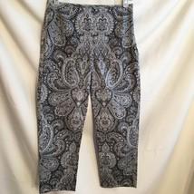 Ann Taylor Black & White cotton Paisley Capri pants 4 - $19.95