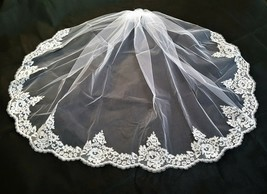 "Wedding , Bridal  Gorgeous Beaded Alencon Lace 36"" Veil With Comb # 2-3001U - $67.99"