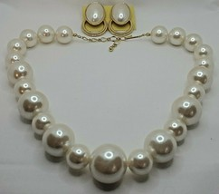 Fashion Jewelry Faux Pearl Plastic Bead Goldtone Necklace & Pierced Earr... - $14.24