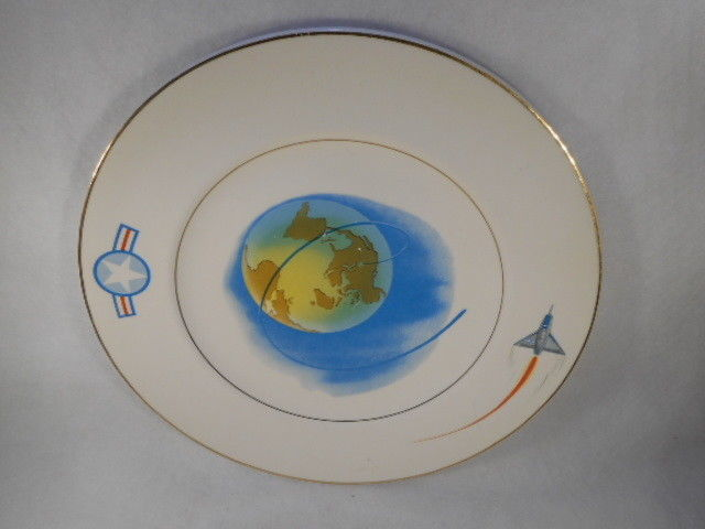 "Vintage US Air Force Military 11"" Plate"