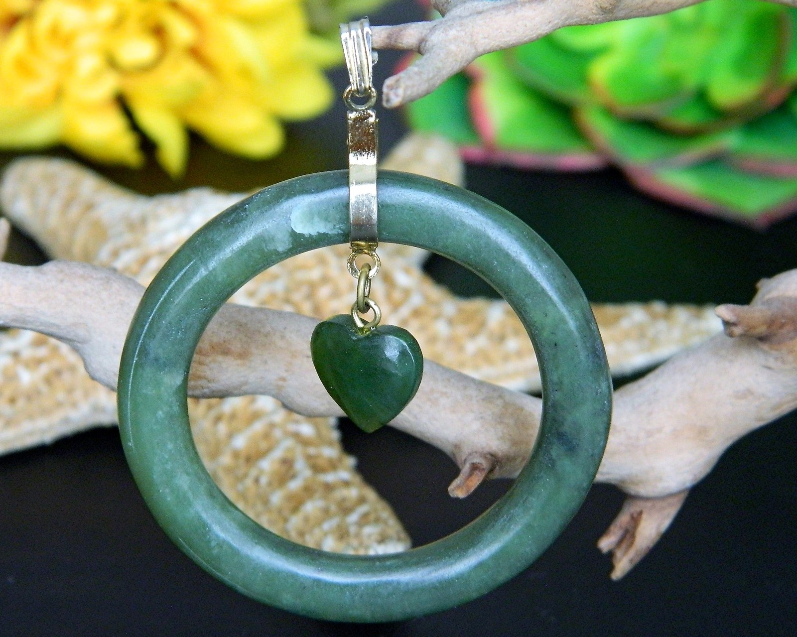 Vintage Green Nephrite Jade Pendant Dangling Heart Circle Love Romance