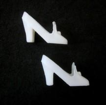 1960s Vintage Barbie White Pilgrim Shoes MINT - $5.93