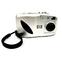 "HP PhotoSmart 318 Digital Camera 2.3 MP 1.8"" C8900A / CN21H010FK Good Condition - $9.88"