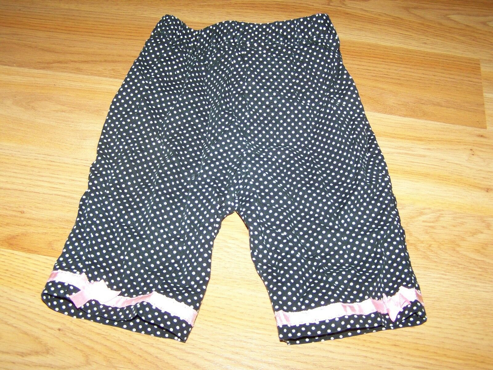 Primary image for Baby Girl's Size 12 Months Black White Polka Dot Capris Cropped Pants EUC
