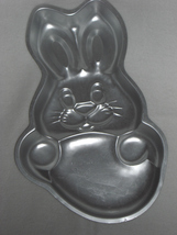 Wilton Cake Pan Rabbit 502-1913 979 - $10.95