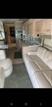 2001 Fleetwood American Dream M-40DDS For Sale In Deer Park, TX 77536 image 3