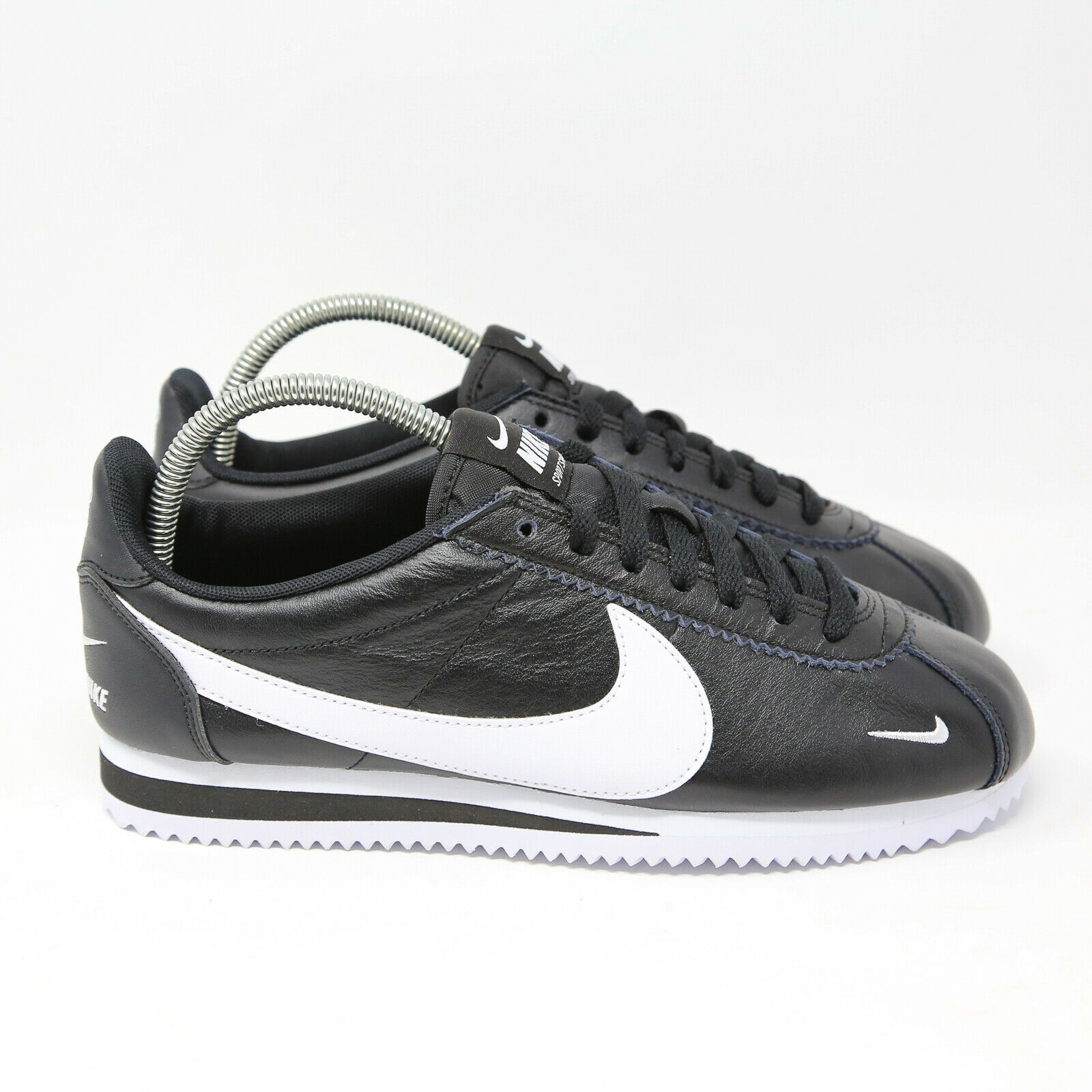 Nike Classic Cortez Premium Running Sneaker Black White sz 8 807480-004 gump