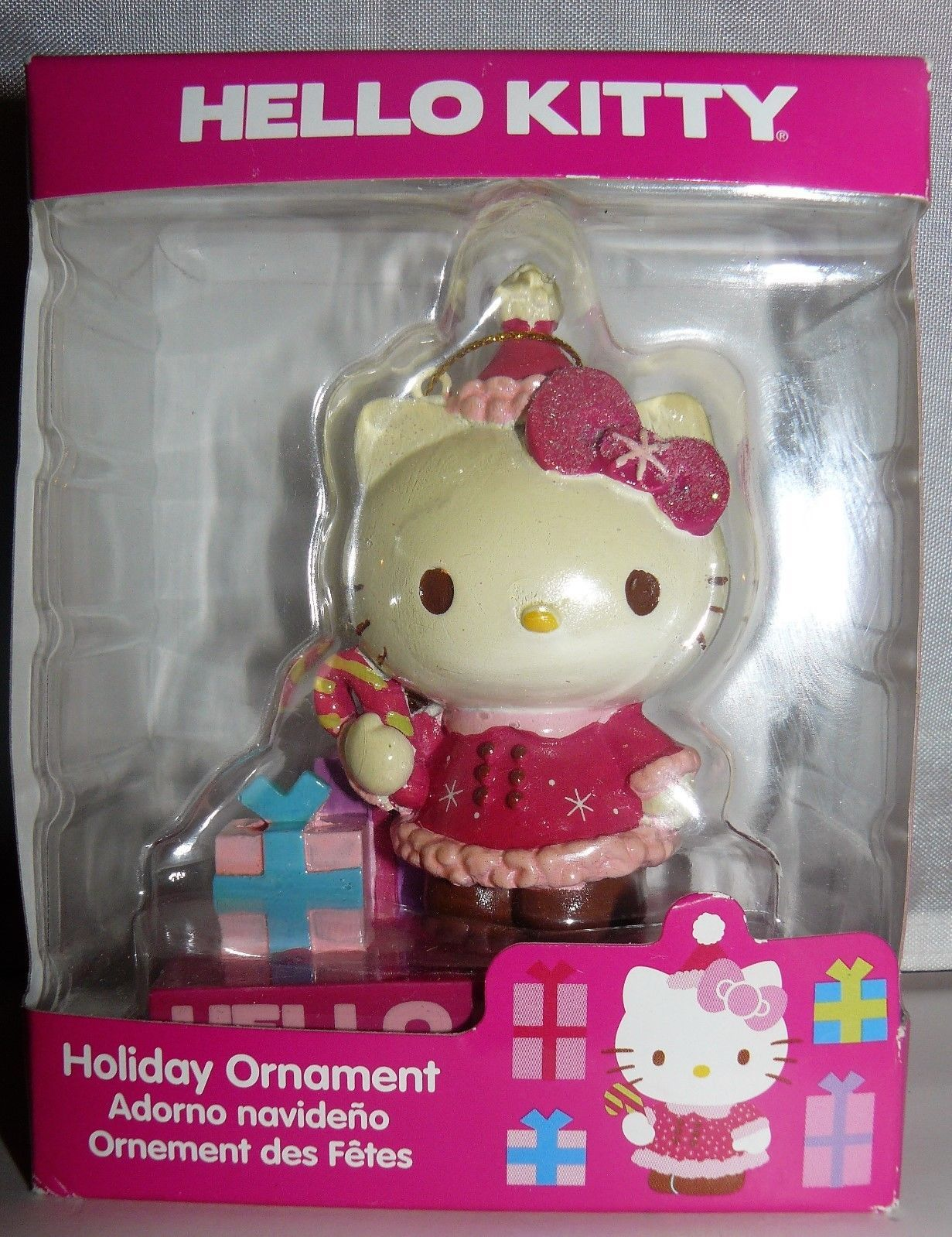 Hello Kitty 2013 Sanrio 3.5 inch gift with candy cane Holiday Ornament  ​