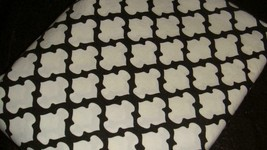 Pottery Barn Organic Tile Black & White Patterned Queen Flat Sheet EUC - $39.57