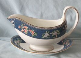 Wedgwood Blue Siam Gravy or Sauce Boat with Plate - $49.39