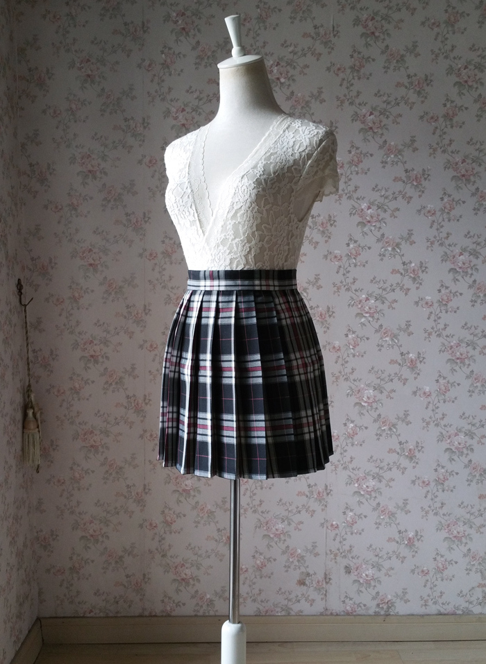Plaid skirt black pink 3