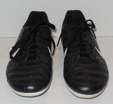 Nike Boys Size 3Y Youth Soccer Cleats black white - $14.03